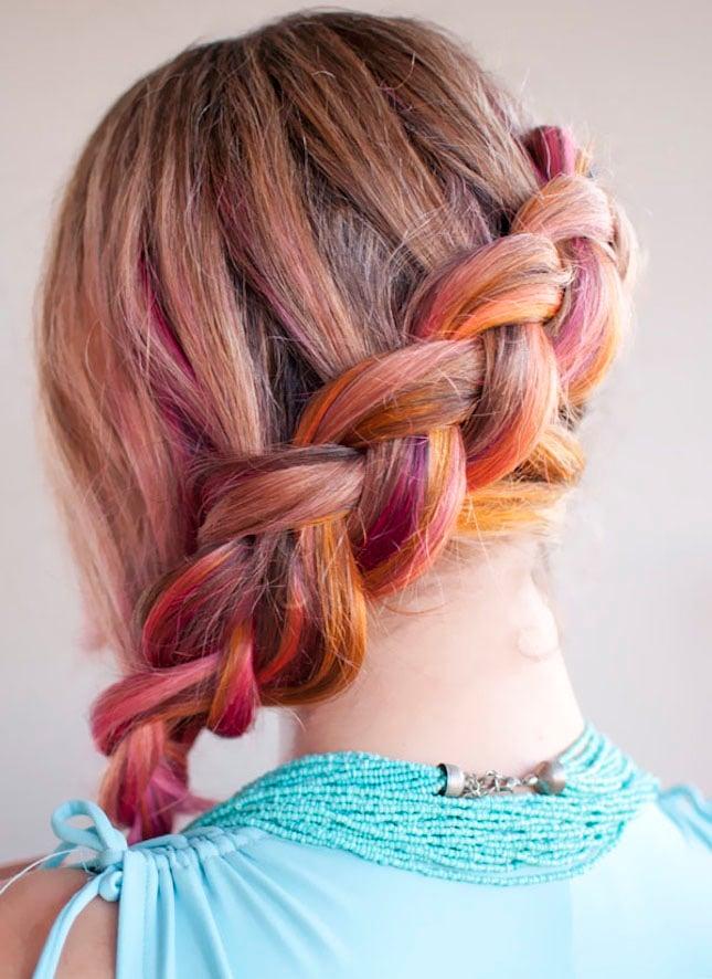 Farbe, Sonne und Strand in den Haaren