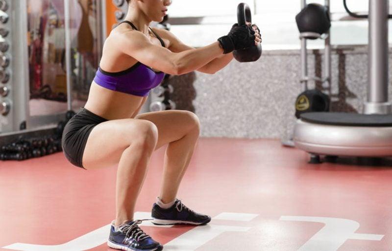straffe Beine Übungen