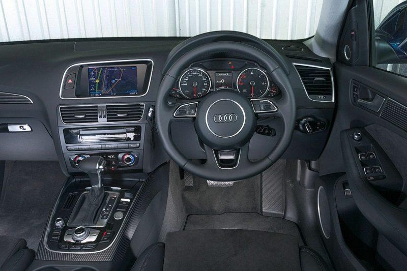 geile Autos Audi Q5 Innenraum