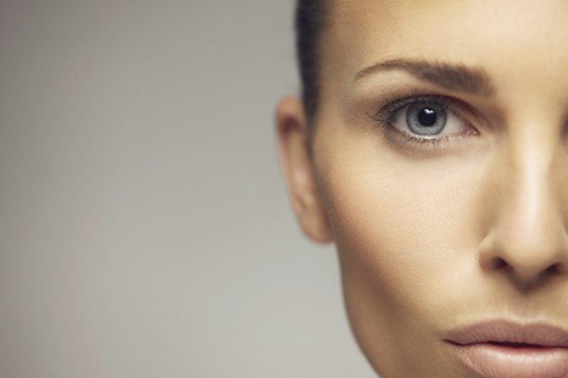 das Augenlid zuckt Ursachen und Behandlung