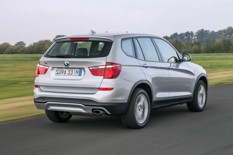 geile Autos BMW X3 Heckansicht