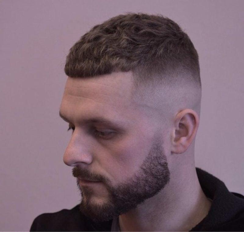 Männerfrisuren modern Bold Cut