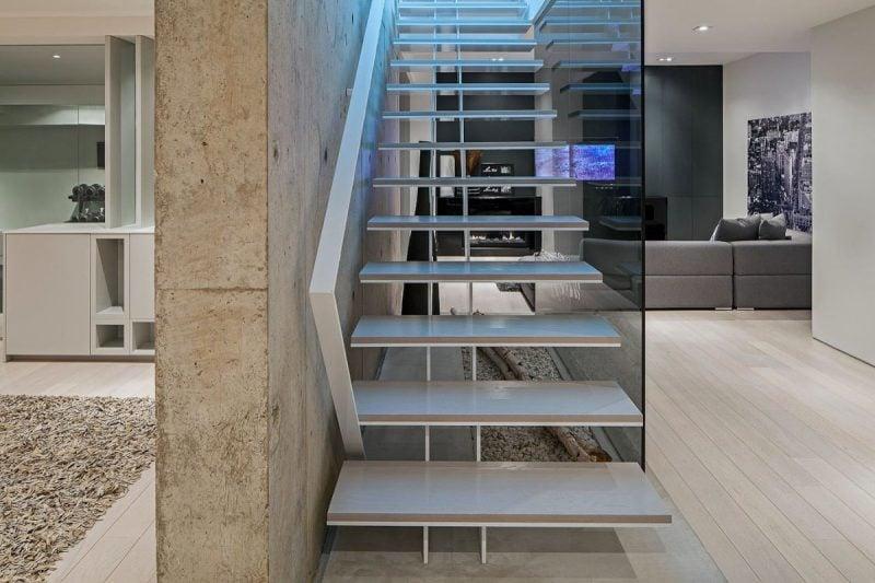 Traum Haus Insel Korsika schwebende Treppe