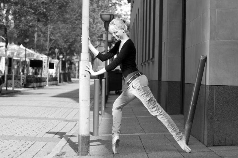 kreative Fotografie Mensch Ballerina Strasse