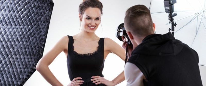 Gesichtsausdruck und Posen für Fotoshooting