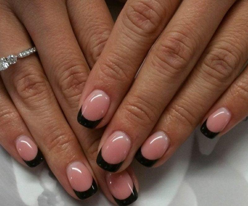 Nageldesign schwarz Spitzen Gelnägel rosa