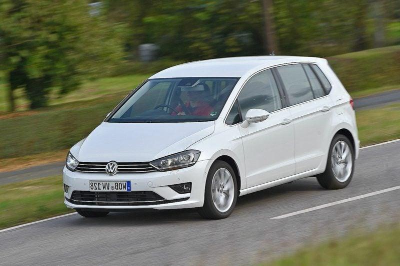 geile Autos Bilder Golf Sportsvan Frontansicht