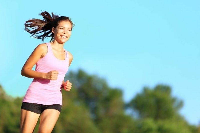 Zucken am Auge Sport treiben