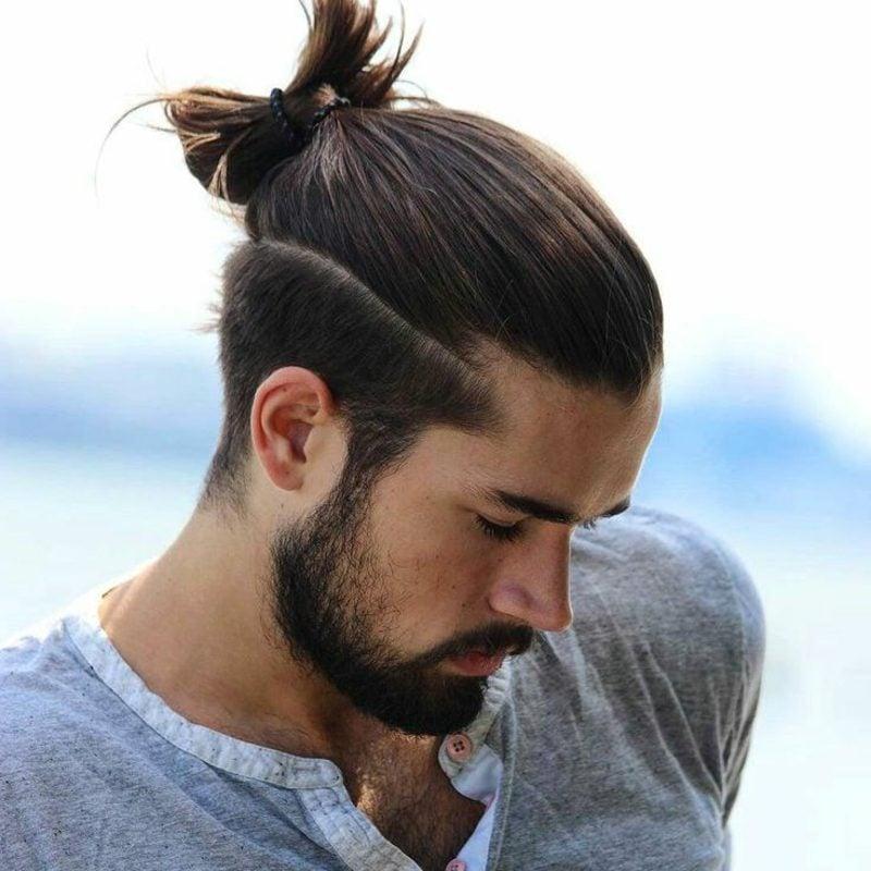Frisuren lange Haare Männer Man Bun