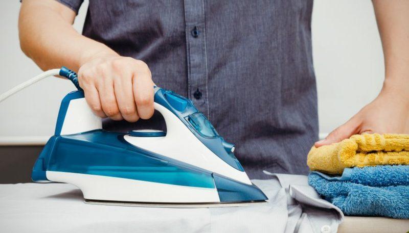 Wäschezeichen Kleidung bügeln