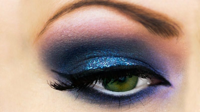 Makeup Tutorial Smokey Eyes blau