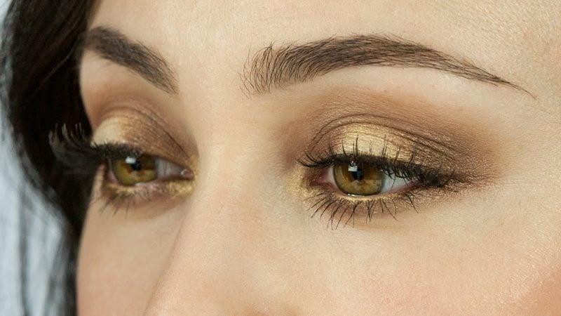braune Augen schminken goldene Lidschatten