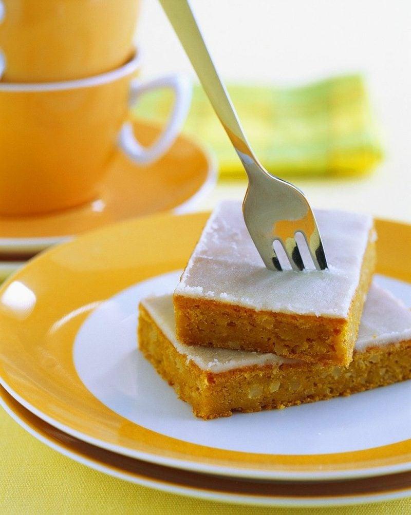 Zuckerguss ohne Puderzucker Zitronenkuchen verzieren