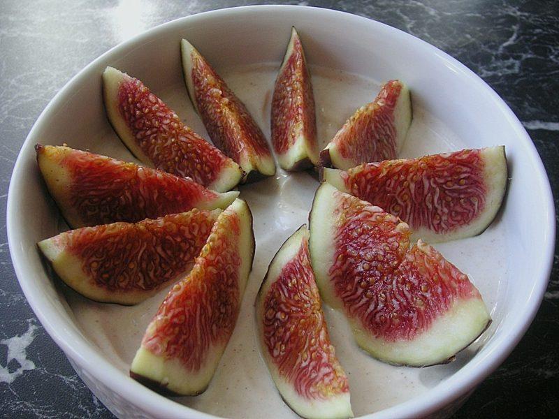 Eiweiss Diät Rezepte Magerquark mit frischen Feigen