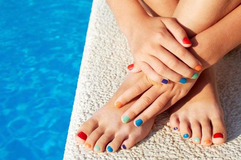 Fußnägel lackieren - So viele Möglichkeiten, so wenig Platz!