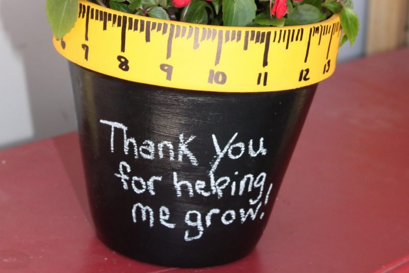 So kinderleicht schaffen Sie dieses Geschenk für Ihre Lieblingslehrererin!