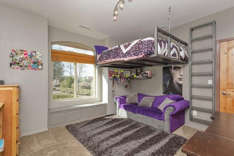 Hochbett selber bauen Doppelbett im Wohnzimmer