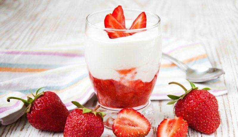 Quark Diät Erdbeerpüree mit Magerquark
