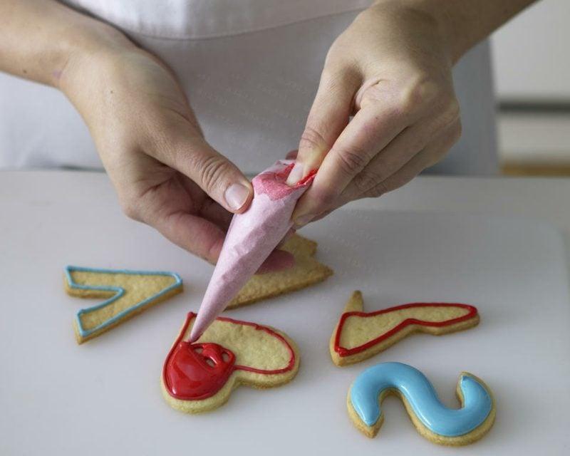 mit Zuckerguss arbeiten