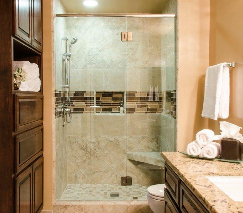 badezimmer begehbare dusche beige fliesen