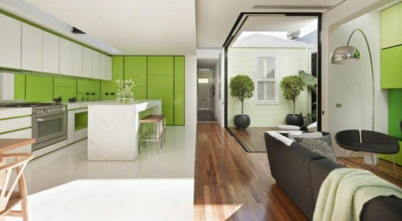 Wohnzimmer mit Küche weiss grasgrün