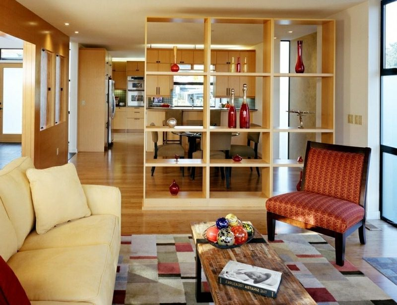 Grundriss Küche offen vom Wohnzimmer abgetrennt Regal