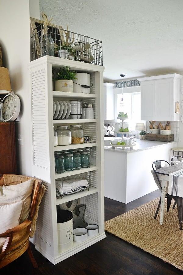 Stauraum in der Küche? Bauen Sie selber ein Regal!