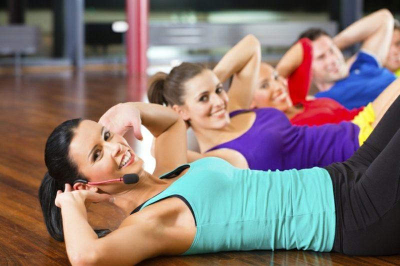 Fett abbauen Bauch Übungen Sit ups