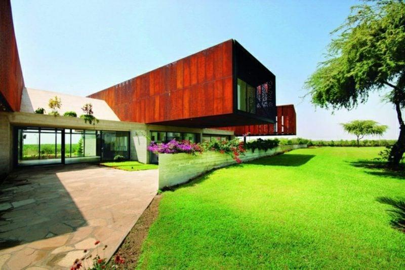 7 sch ne h user mit eindrucksvoller architektur aus aller. Black Bedroom Furniture Sets. Home Design Ideas