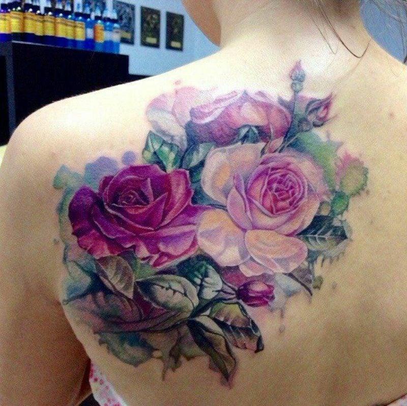 Cover up Tattoo Frau moderne Ideen