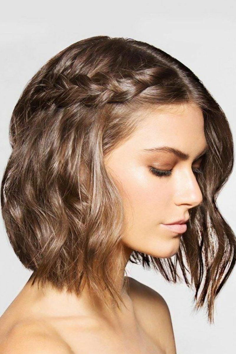 geflochtene Haare Seitenzopf