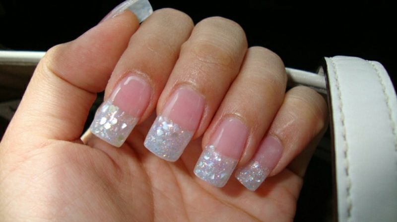 Nageldesign Glitzer French nägel