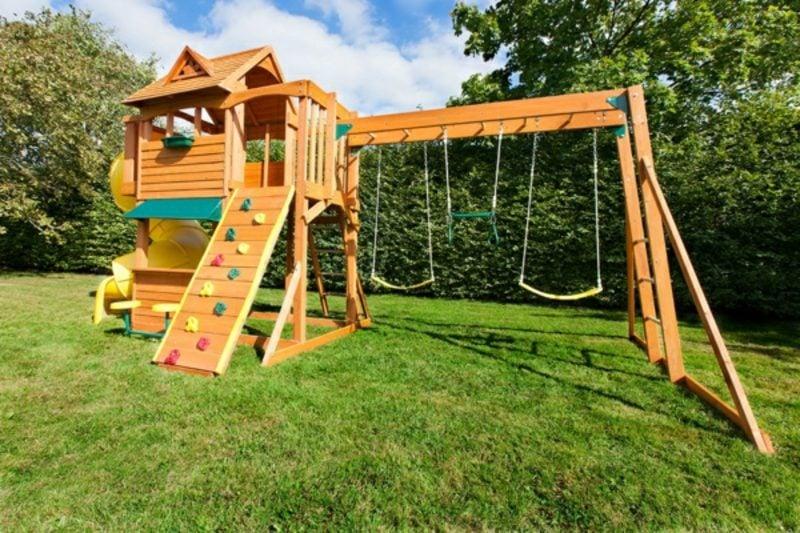 Spielecke selber gestalten Garten hilfreiche Tipps