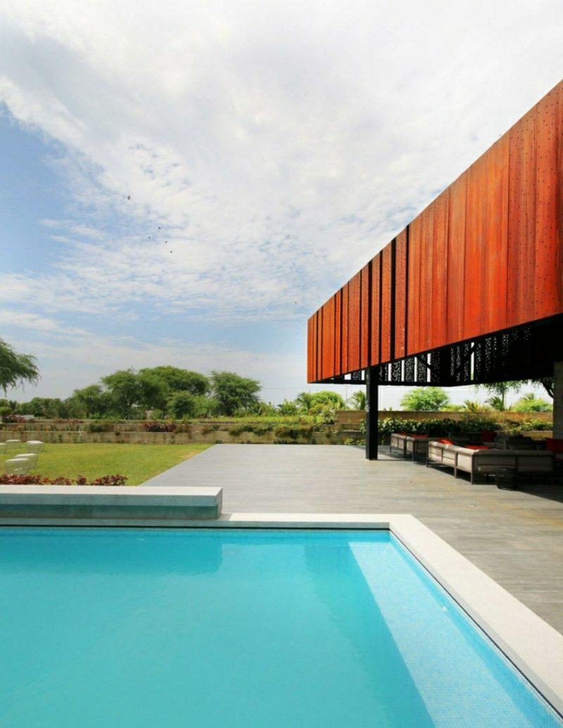 Flachdachhaus Peru moderne Fassade Pool