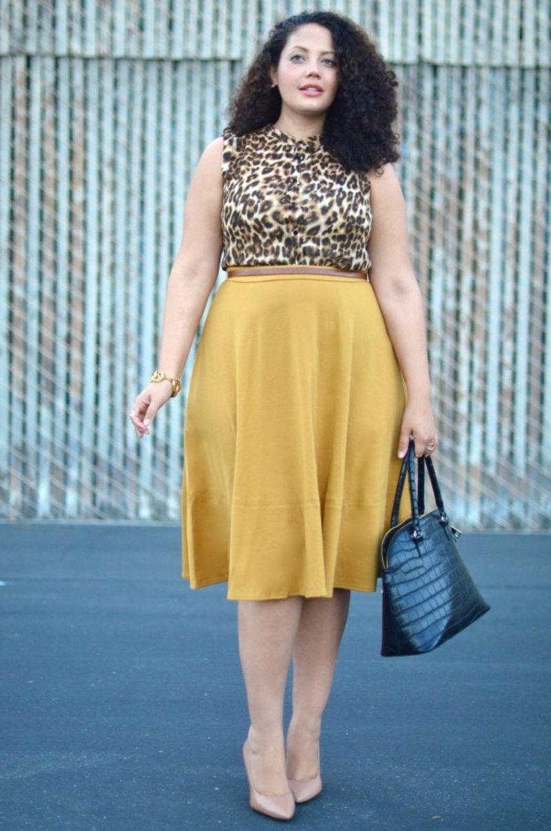 Mode für mollige Frauen gelber Rock Oberteil Tiermuster