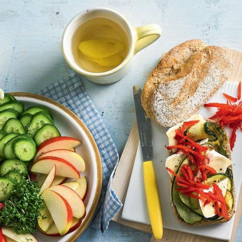 Sandwich mit Käse und Zucchini Rezept