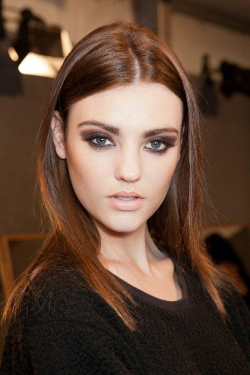 blaue Augenfarbe Tages Make up
