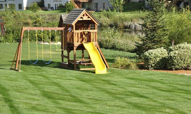Gartengestaltung Spielecke plannen Kinder