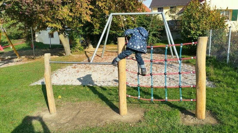 Garten Spielecke Klettergerüst
