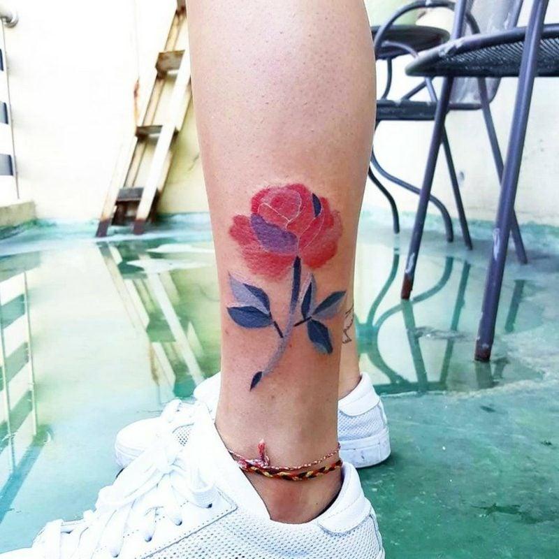 moderne Watercolor Tattoos Designideen für Frauen