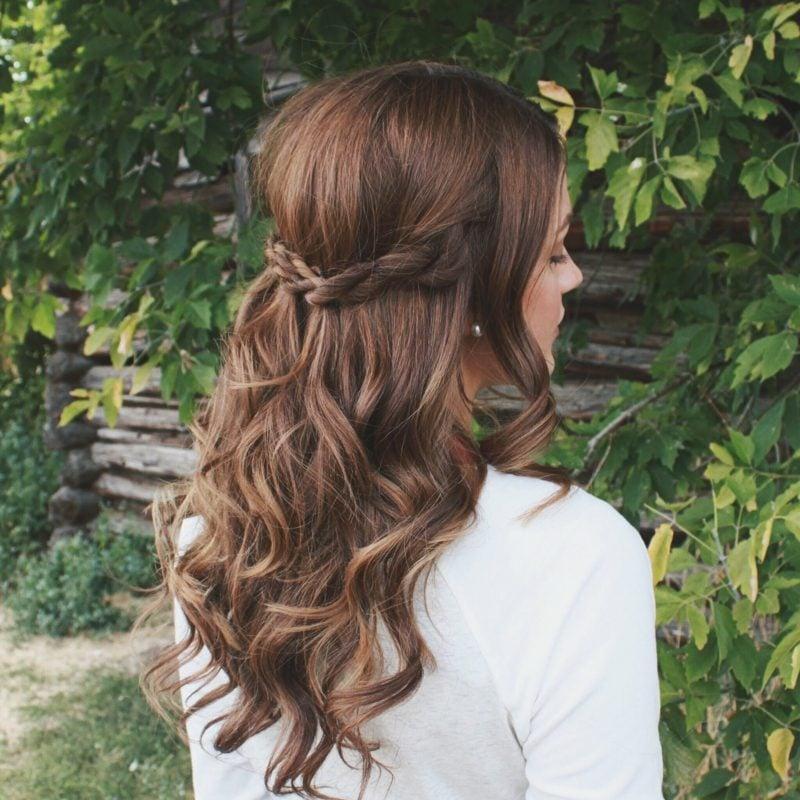 schöne Frisuren für lange Haare