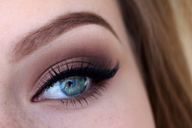 blaue Augen betonen Make up