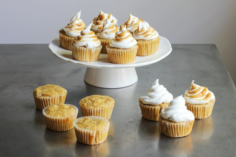 vanille cupcakes marshmallow frosting