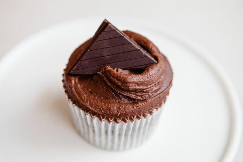 schoko frosting schokoladen cupcakes