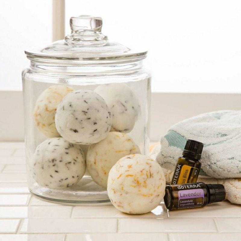 Erkältungsbad selber machen mit duftenden Badekugeln