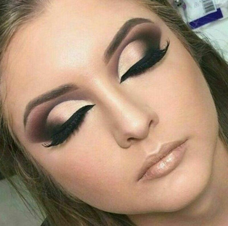 Augenfarbe Blau gelungenes Make up Tipps