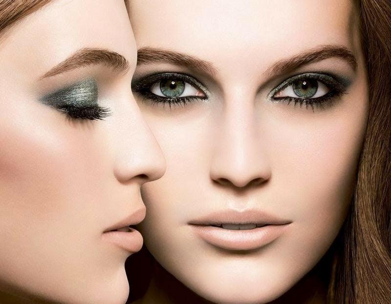 hilfreiche Tipps blaue Augen effektvoll schminken