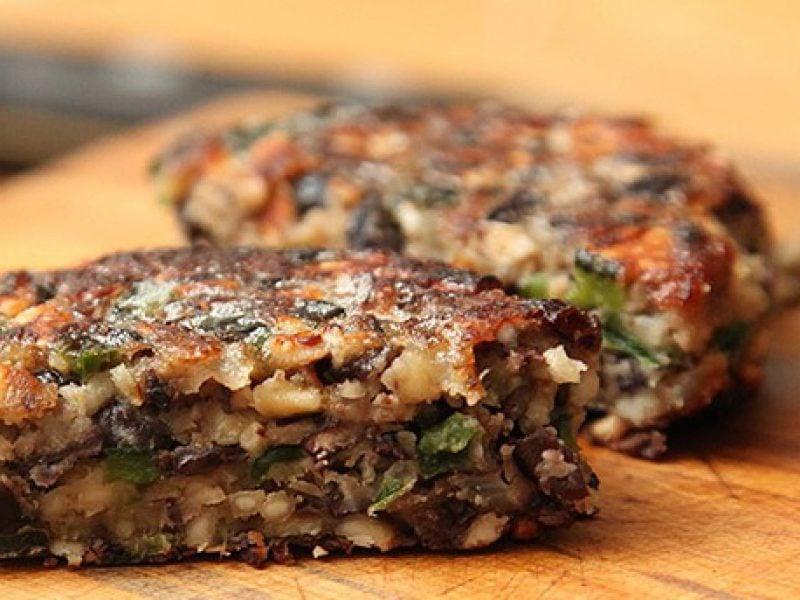Gesunde Burger Fleisch zubereiten
