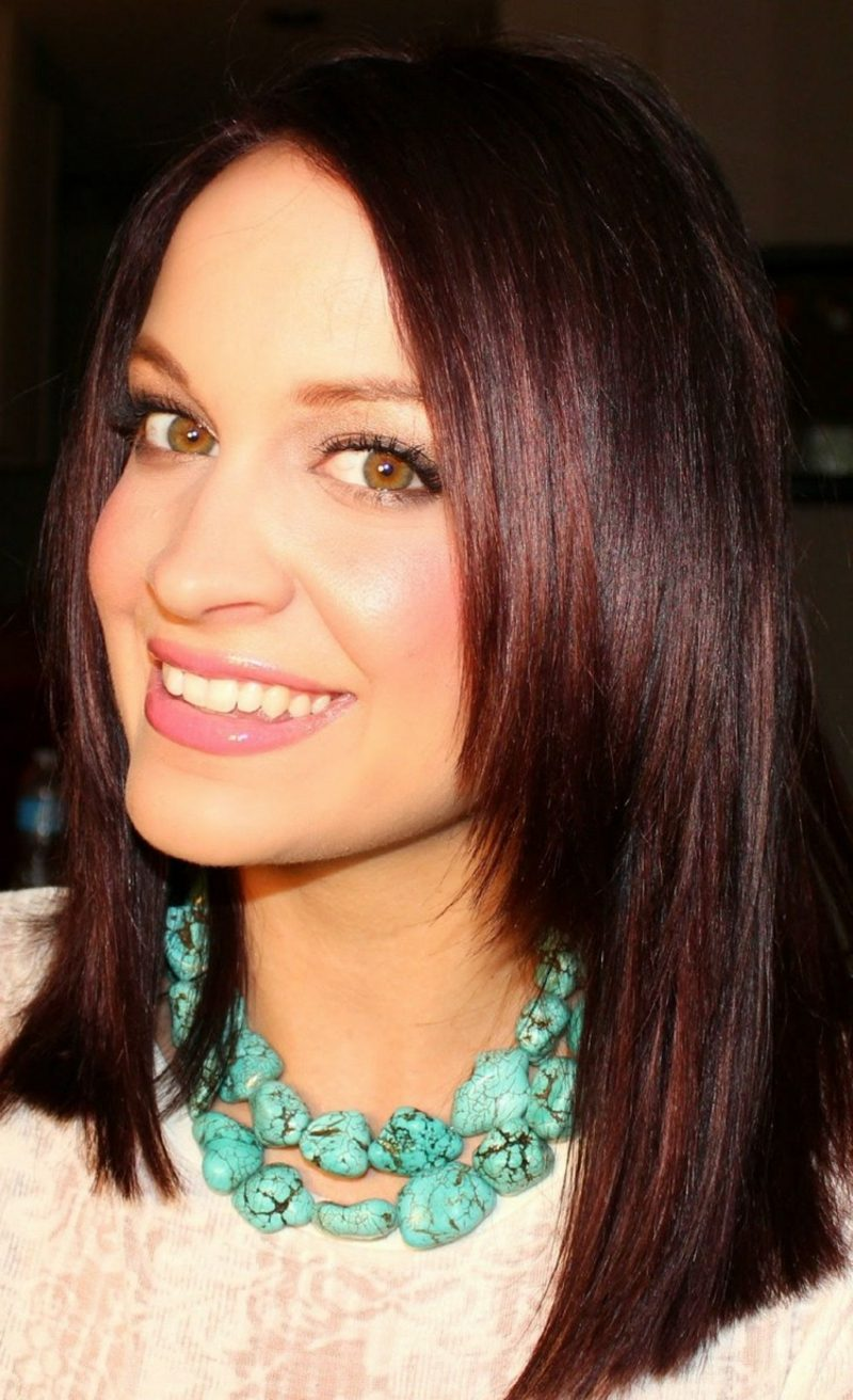 schöne Haarfarben dunkles Mahagoni