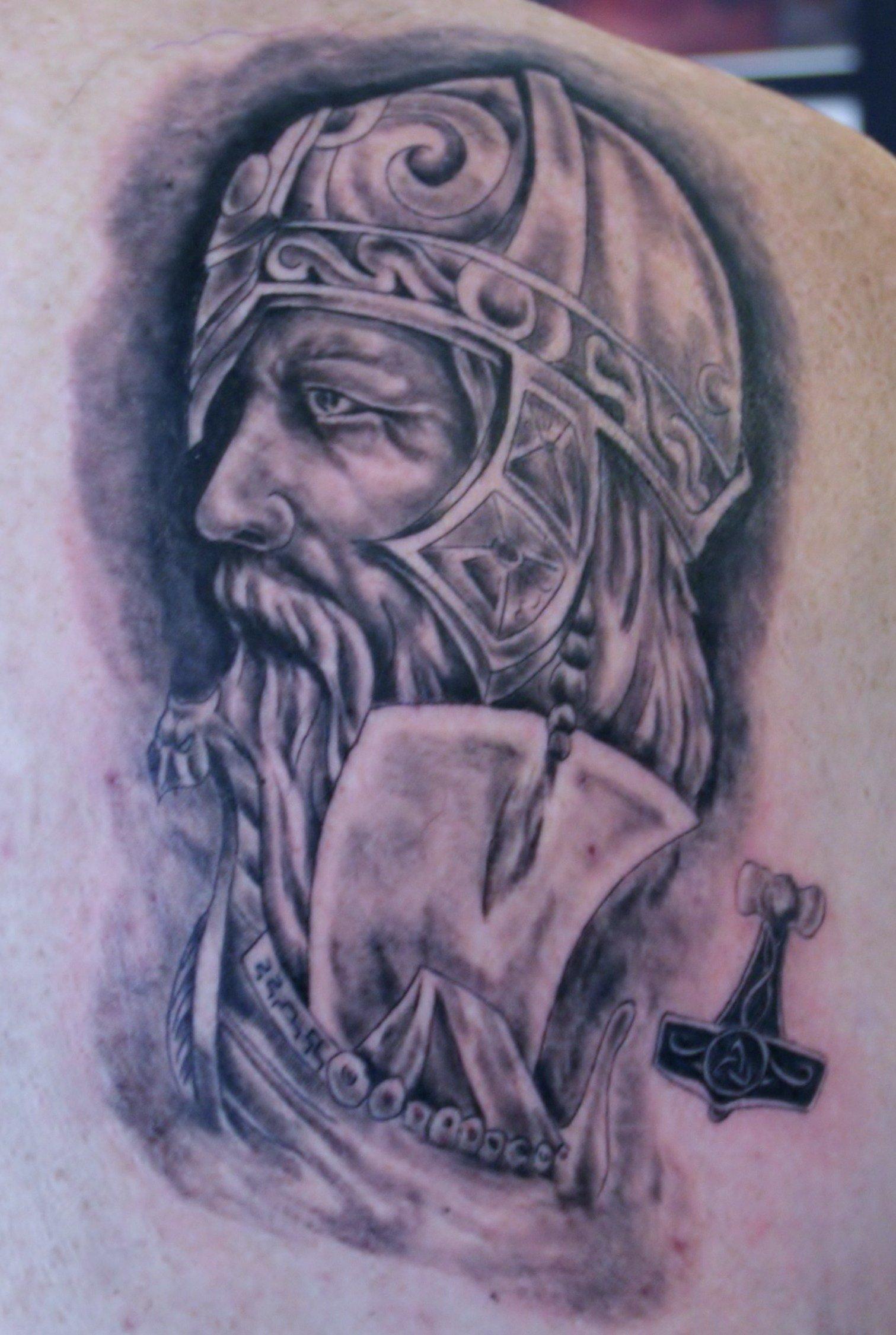 Wikinger tattoo Motive - Odin